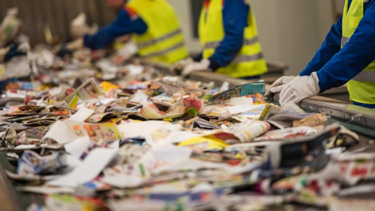 Germany blocks waste recycling deal