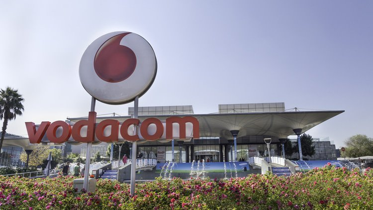 South African enforcer orders mobile operators to reduce prices