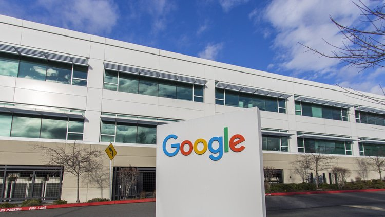 Google not complying with shopping remedies, rivals claim