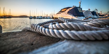 Australian court casts off yacht injunction