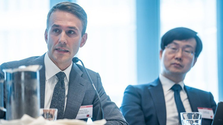 Hong Kong to amend enforcement policy